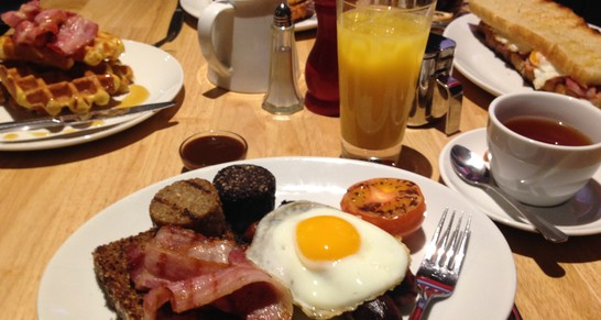 Prosecco Brunch for 2 at Hadskis to the value of £45